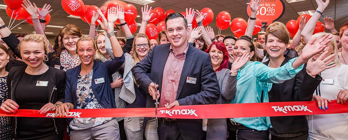 Feierliche Neueröffnung der TK Maxx Filiale in Schwerin