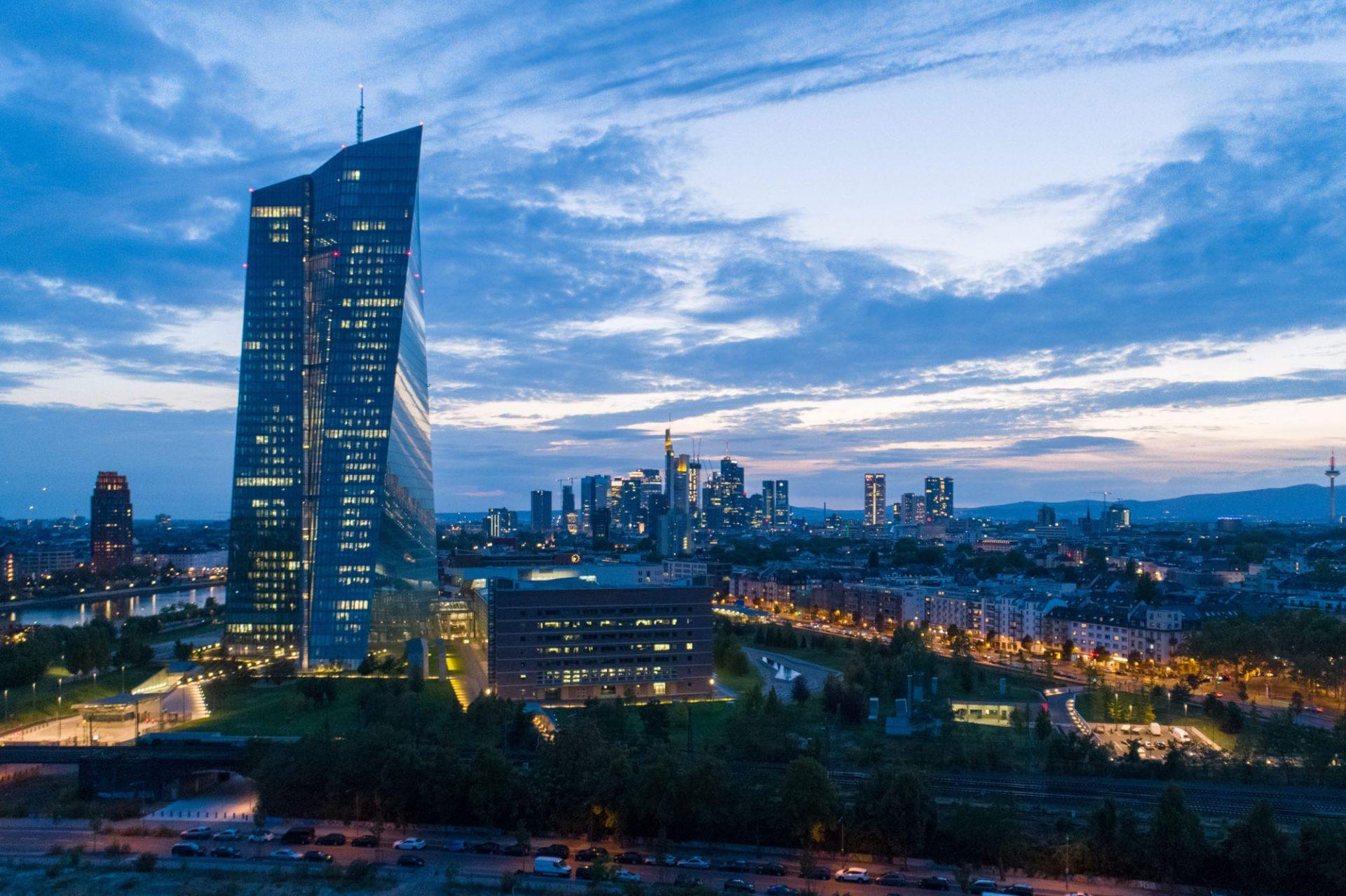 Drohnenfotograf in Frankfurt © Offenblende / Christian CHSO