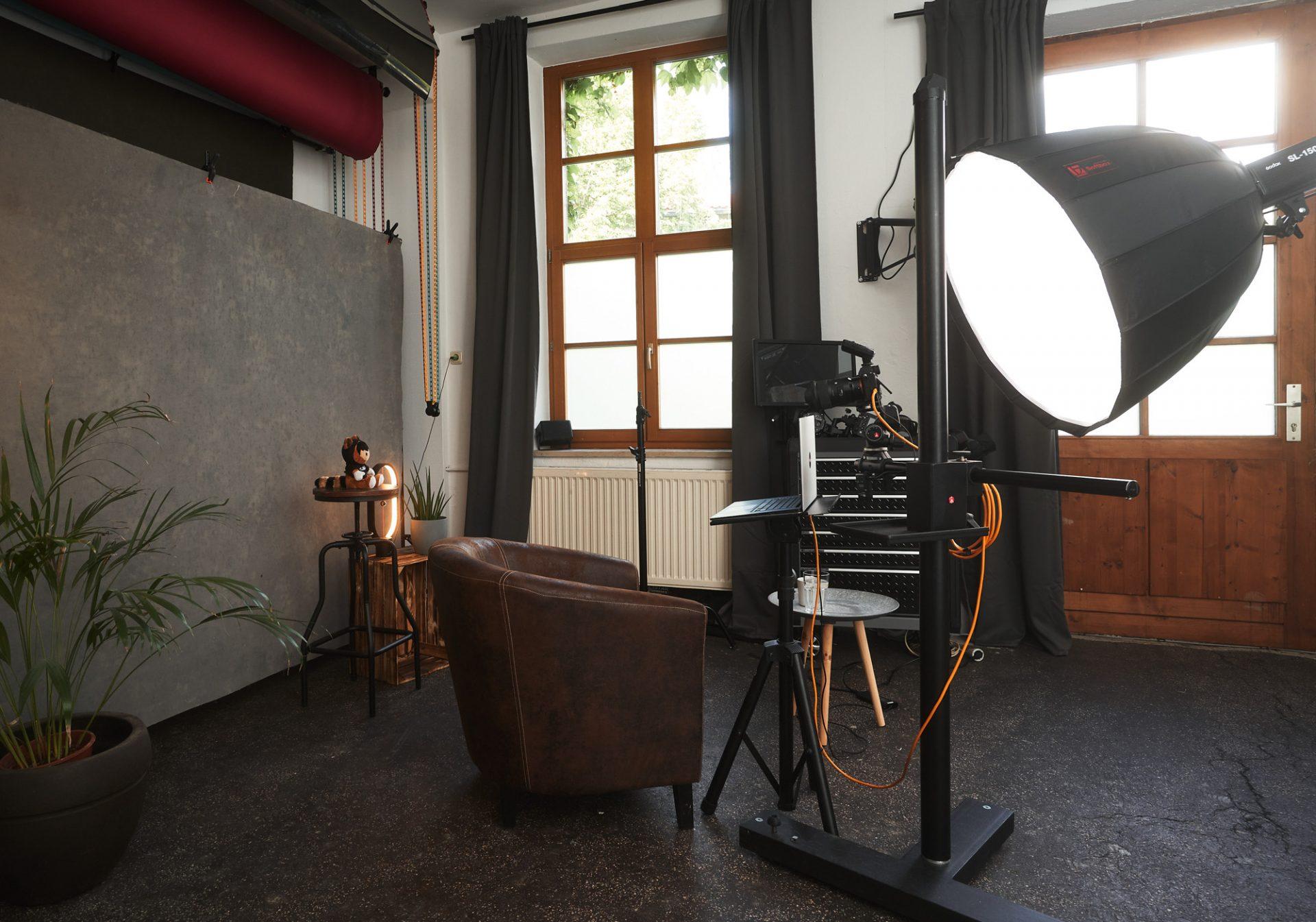 Fotostudio in München: Fotostudio für Portraits, Bewerbungsfotos und Lifestylefotos ©Offenblende