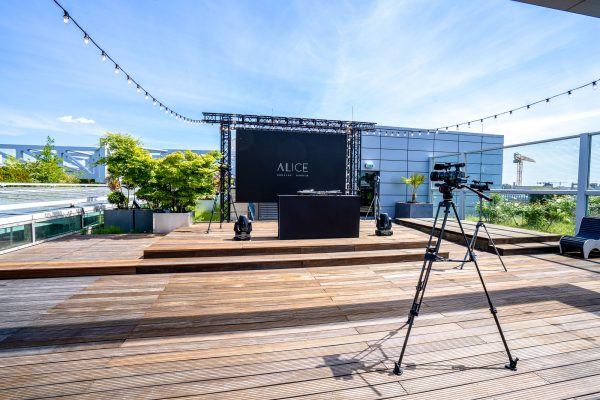 Hybrid Events mit Live-Streaming: Eventlocation Alice Rooftop & Garden Location in Berlin
