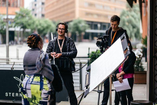 Kameramann für Interviews
