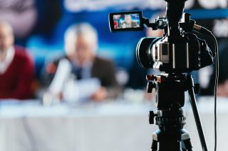 livestreaming_live_corona_virus_socialdistancing_coronasolution_event_03