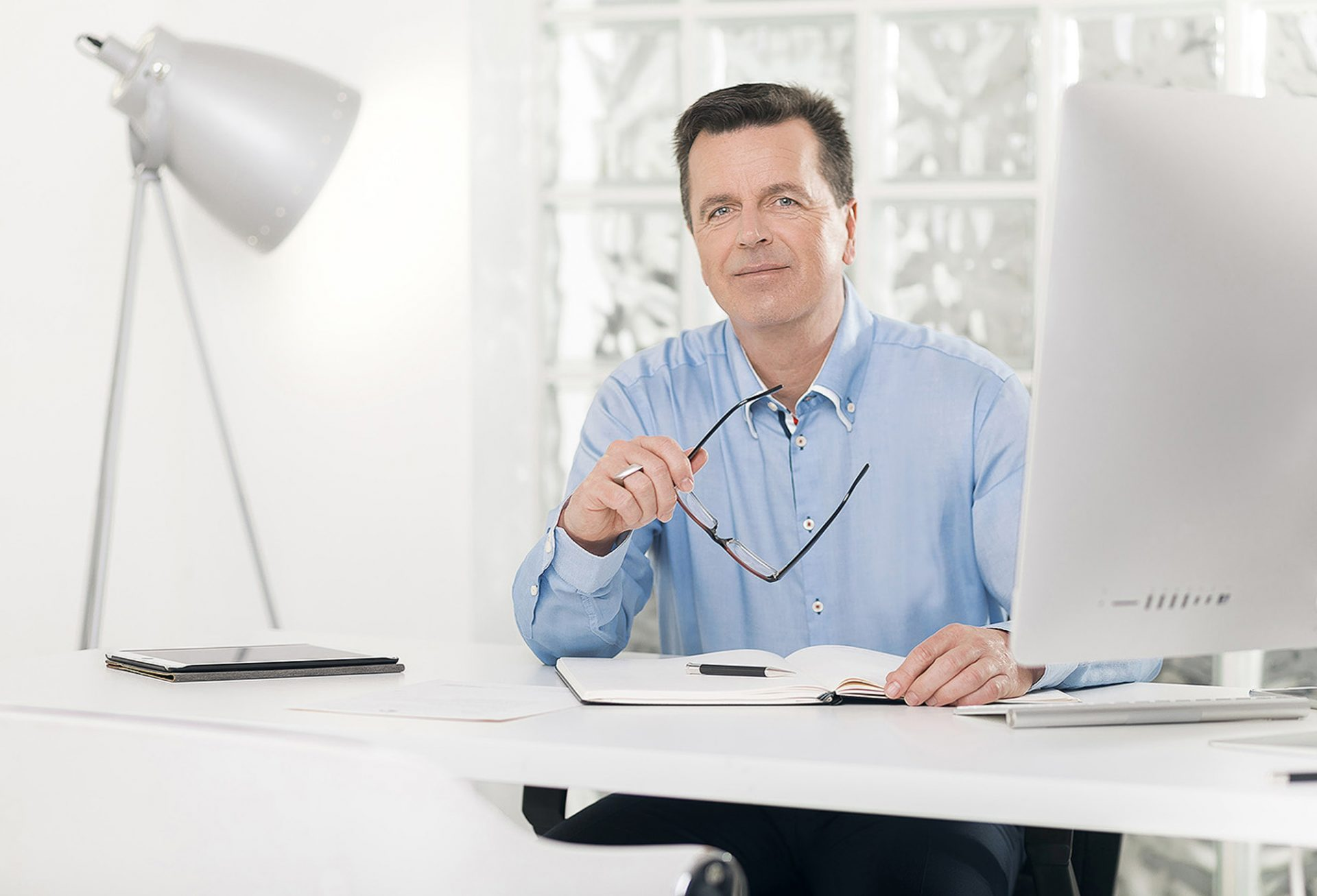 Portraitfotograf für Wirtschaftsprüfer & Rechtsanwälte ©Offenblende / Patrick aus Essen