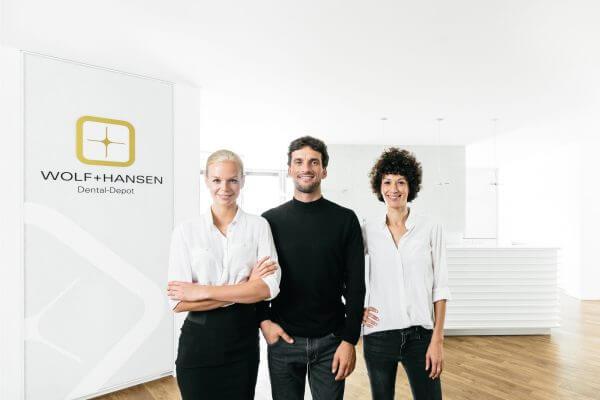 Praxisfotografie Gruppen- Teamfoto für Wolf + Hansen